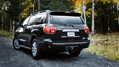 2017-toyota-sequoia-forest-park