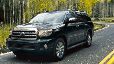 2017-toyota-sequoia-forest-road