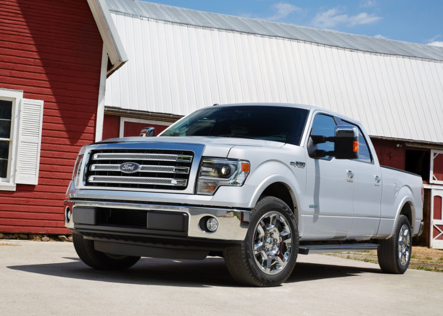2013 Ford F-150 parked