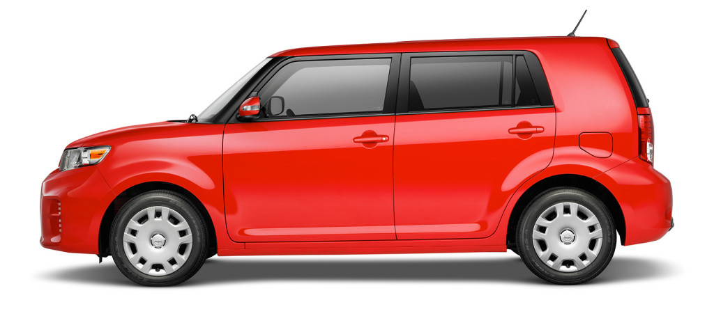 2013 Scion xb red
