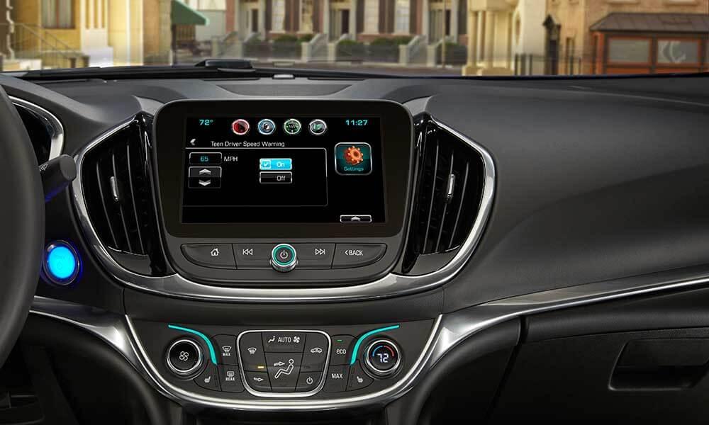 2017 Chevrolet Volt dashboard