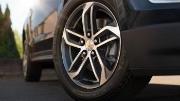2017 Chevrolet Equinox Reviews-1