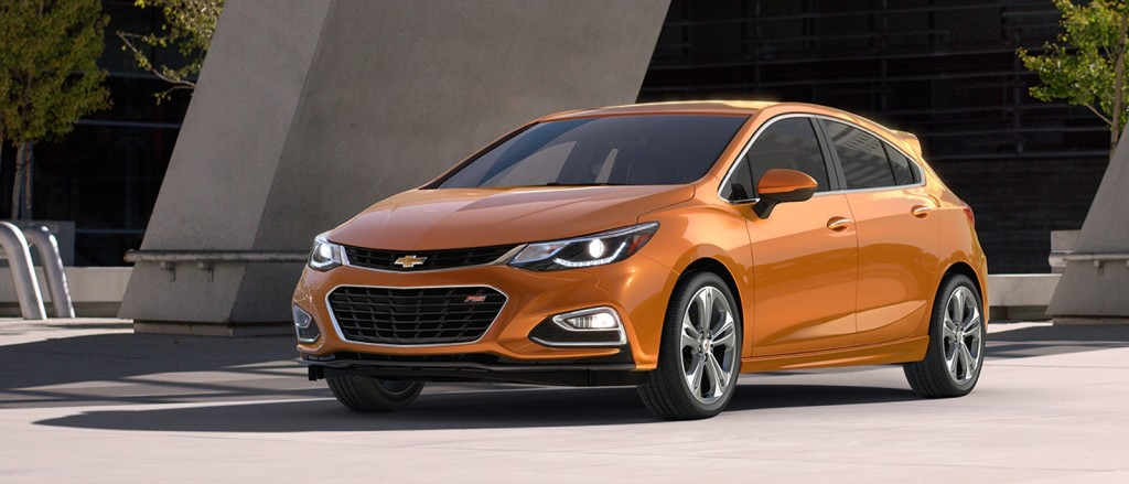 2017-chevrolet-cruze-hatchback-reveal-design