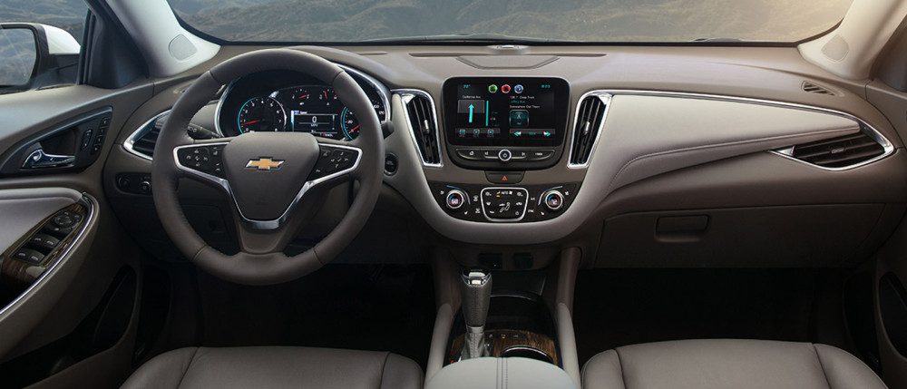 2016 Chevy Malibu Interior Features Bring Tech Connectivity