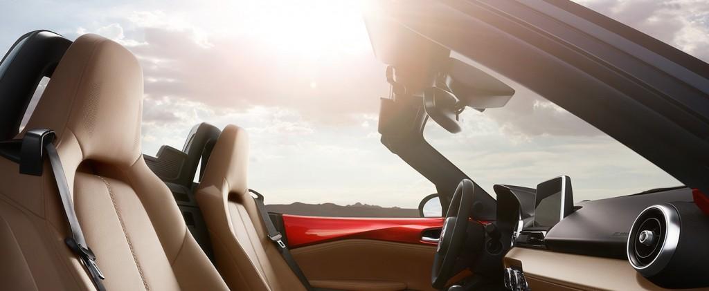 2016-Mazda-MX-5-Miata-interior_lg