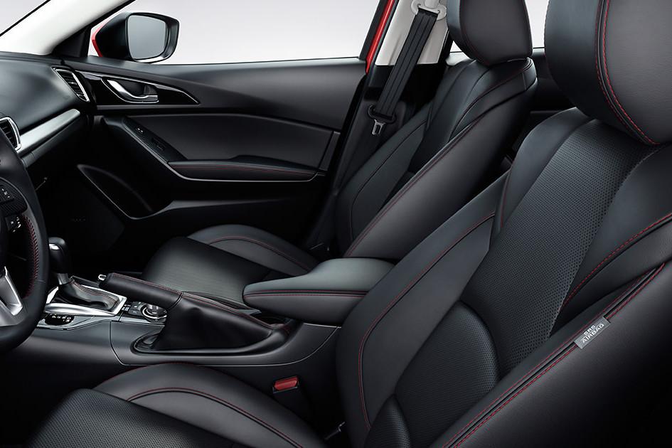 2016 Mazda3 4-DOOR Interior Seats