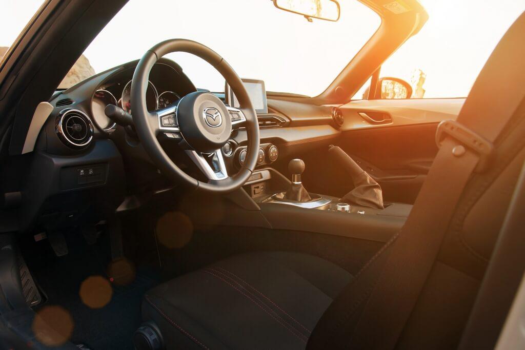 2016 Mazda MX-5 Miata Inside