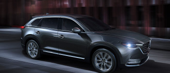 2016 Mazda CX-9 in the city
