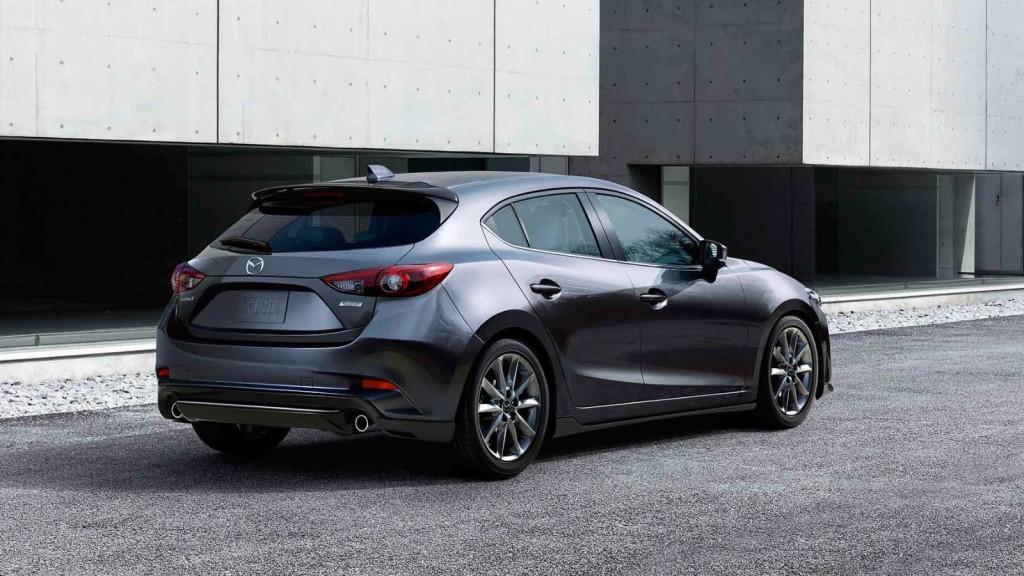 2017 Mazda3 5 Door reviews