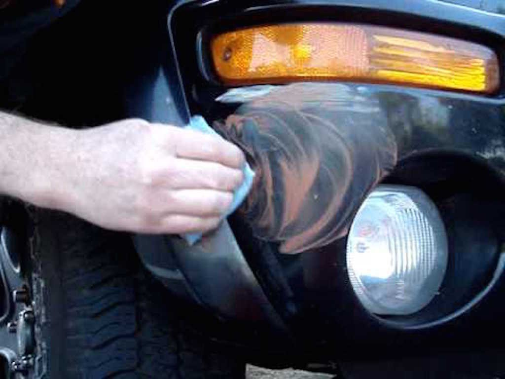 Diy auto body repair removing car scratches scratch 3 solutioingenieria Images