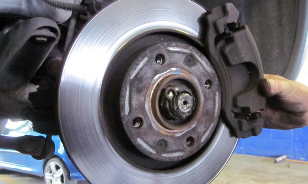 brake-pad-check