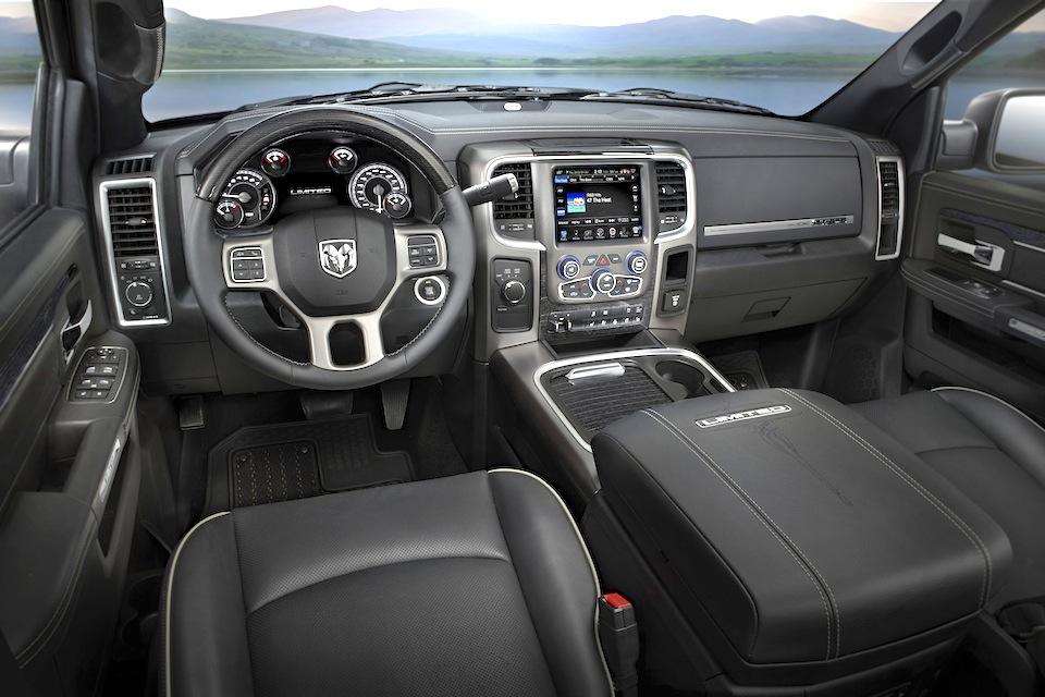 2016 Ram Heavy Duty Laramie Limited interior