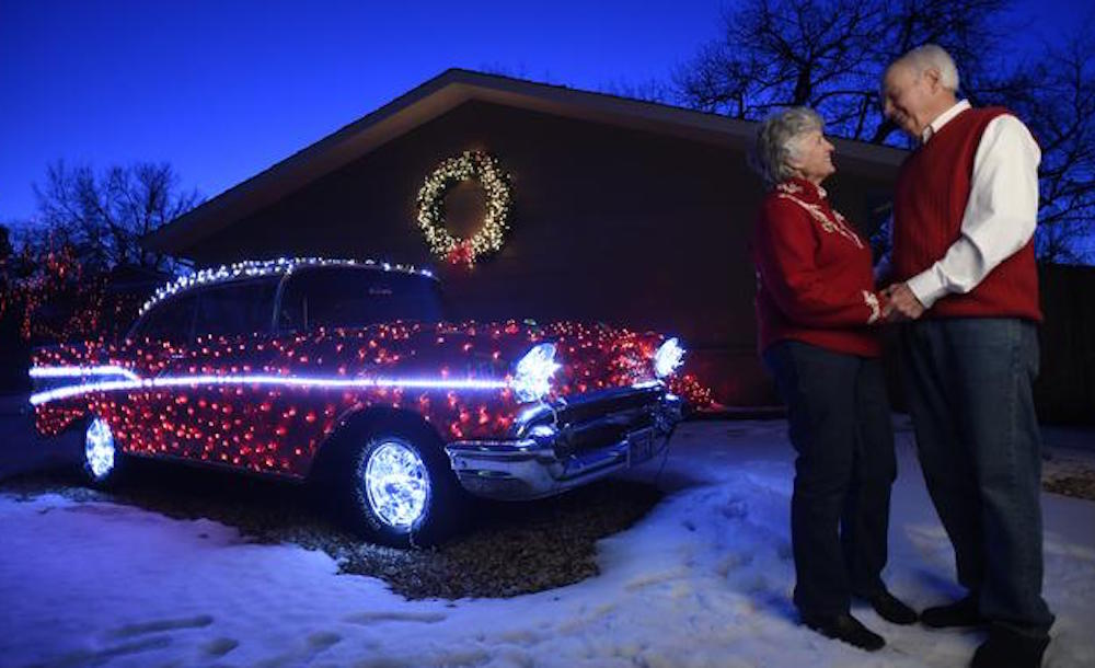 New Chevrolet Traverse Albany >> Check Out This Christmas-Themed '57 Chevy