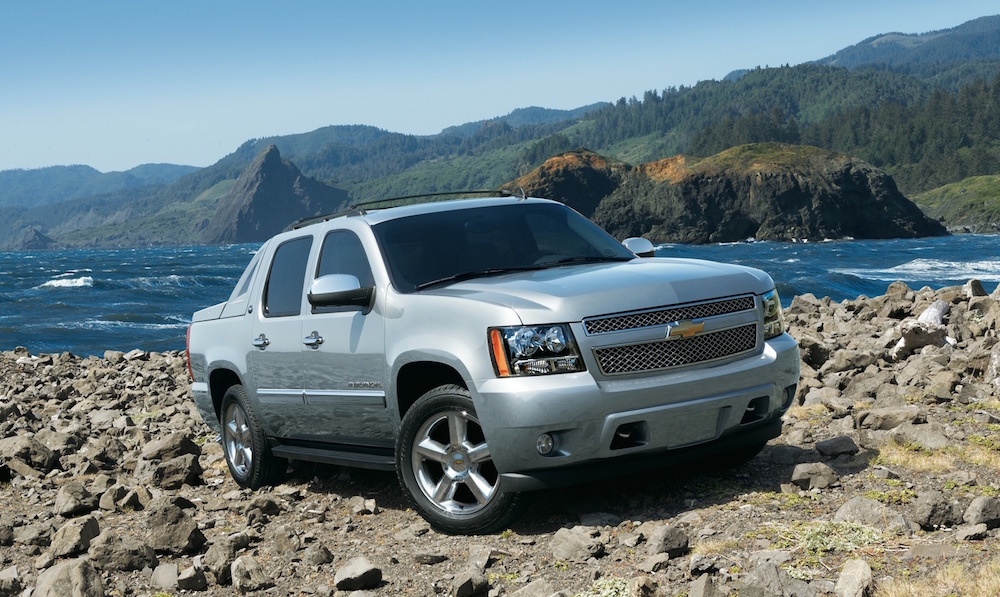 7 reasons why the avalanche is arguably chevy's best used truck