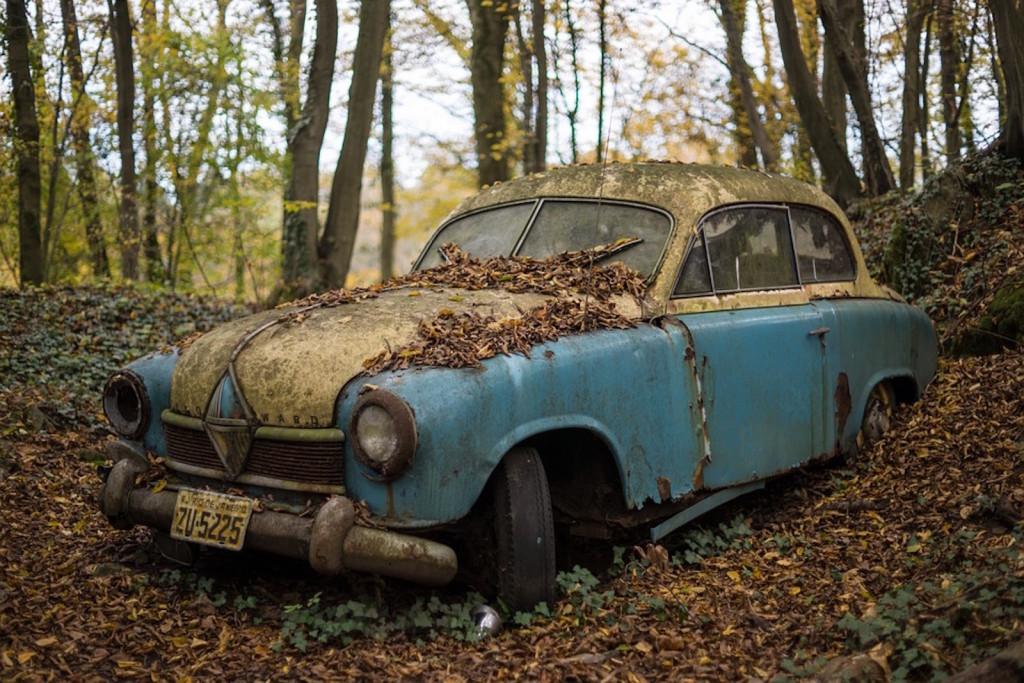 classic-car-574864_960_720
