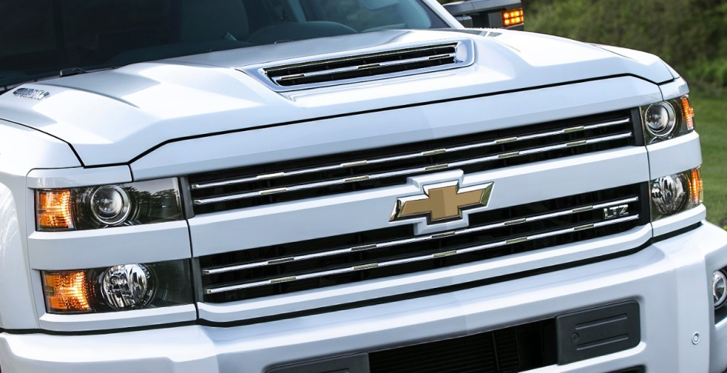 Check Out The New And Improved 2017 Chevy Silverado Hd Depaula