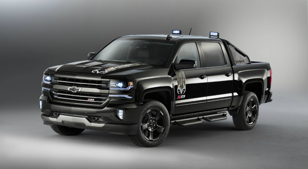 3 must see special edition silverado models depaula chevrolet. Black Bedroom Furniture Sets. Home Design Ideas