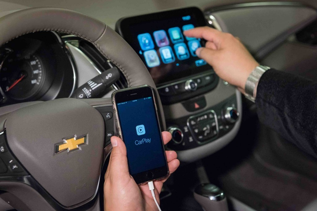 Chevrolet-Apple-CarPlay