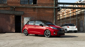 2016 Toyota Yaris Red-Black