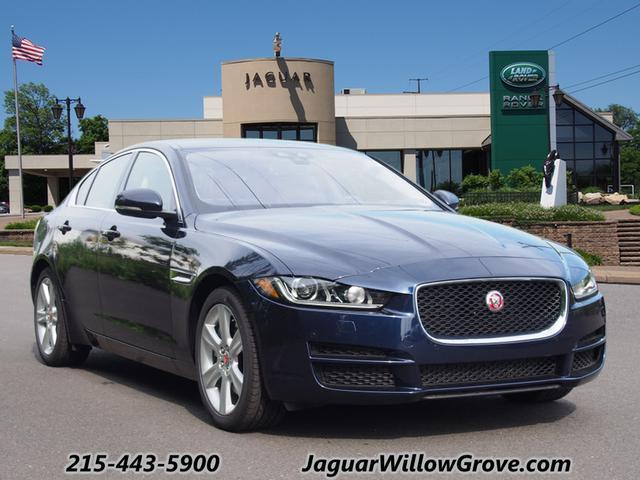 2017 Jaguar XE Prestige RWD