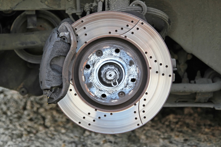 Ventilated disc brake with caliper and pads