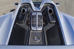 2015 Porsche 918 Spyder Engine