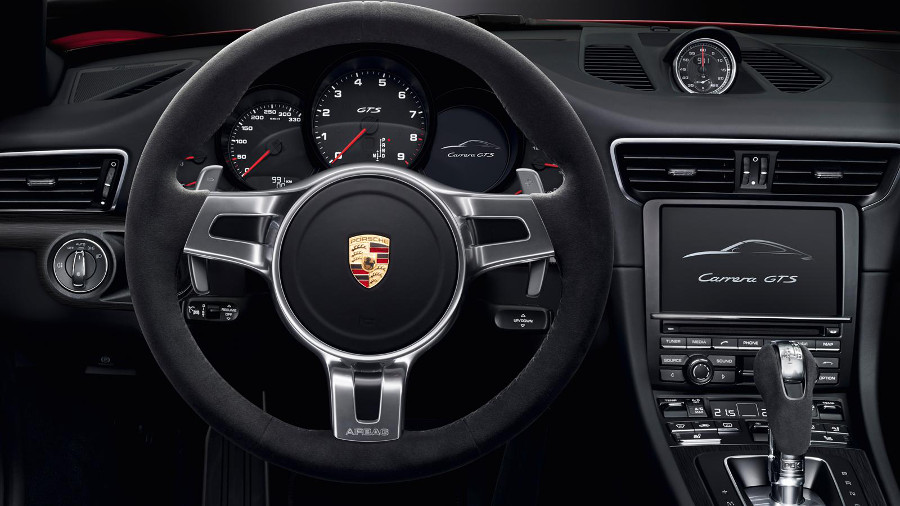 2016 911 Carrera GTS Interior