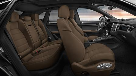 2017 Porsche Macan Turbo seats