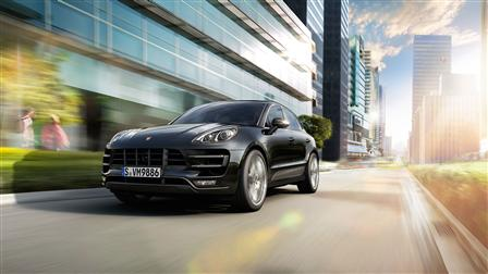 2017 Porsche Macan Turbo driving
