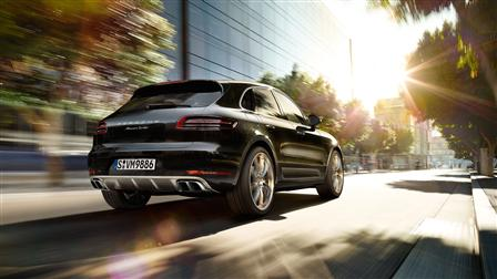2017 Porsche Macan Turbo rear