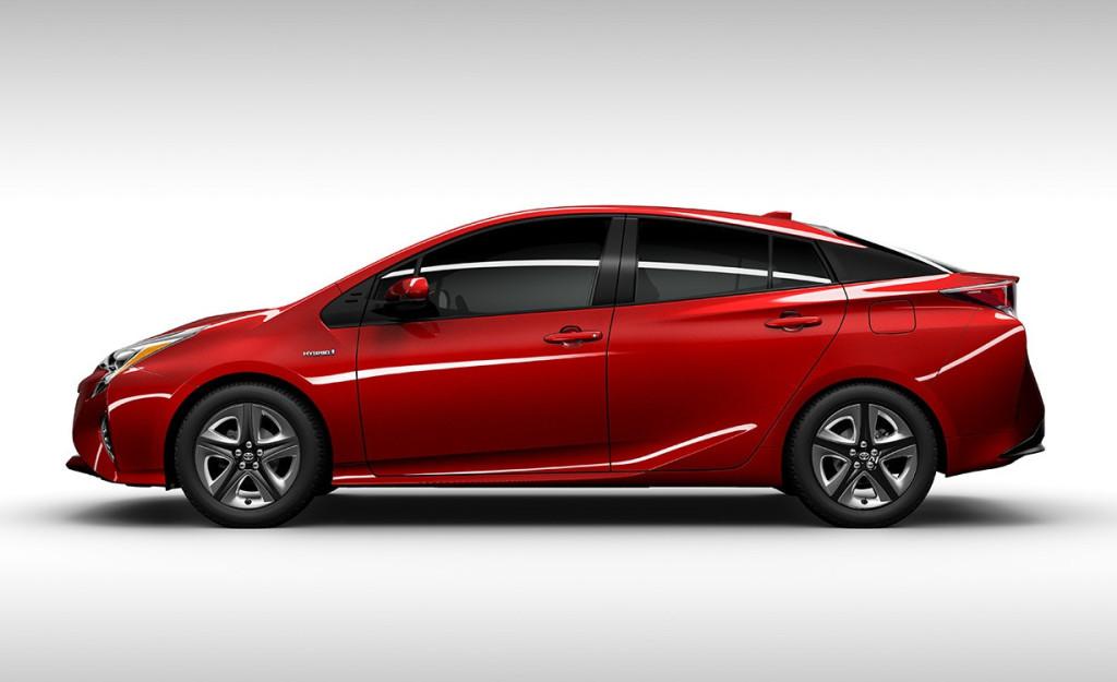 2016 Toyota Prius Side Profile