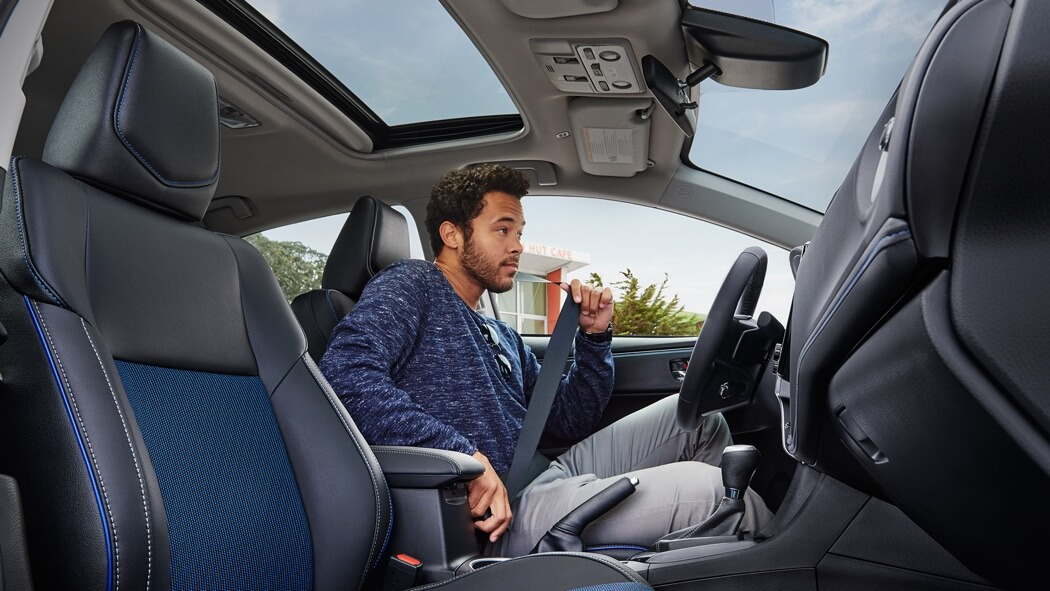 2017 Toyota Corolla front interior