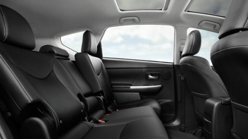 2017 Toyota Prius v interior seating