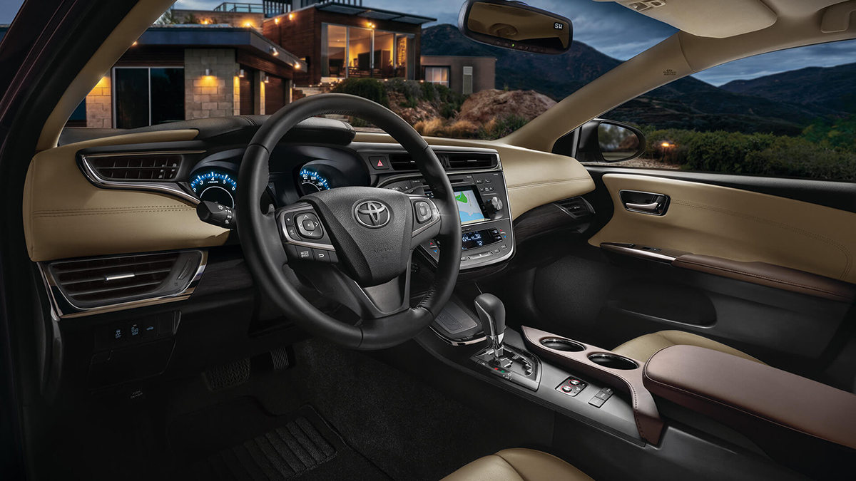 2016 Toyota Avalon Dash