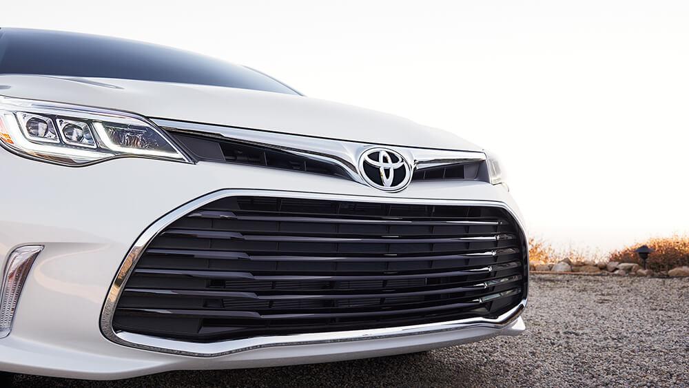 2016 Toyota Avalon Hybrid Grill
