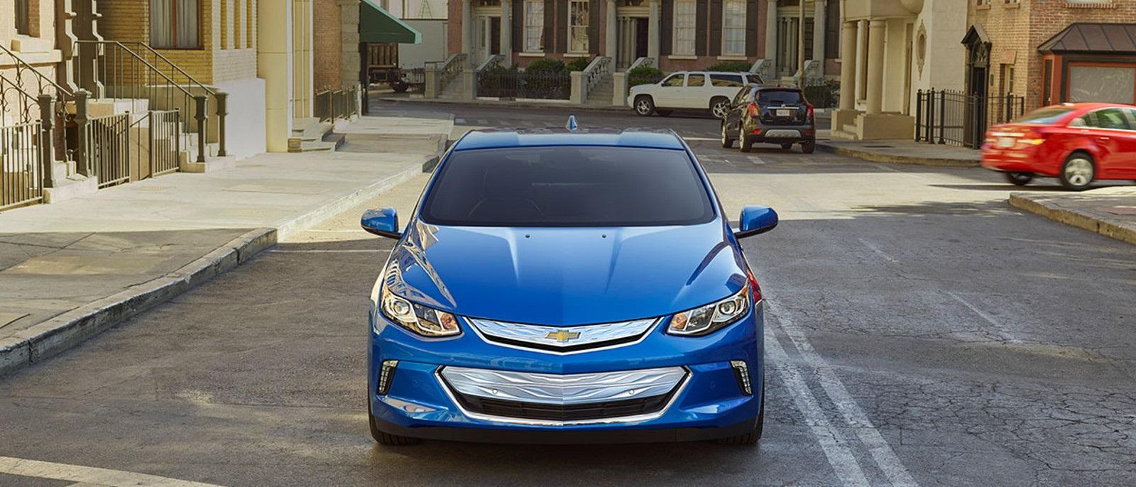 2016 Chevrolet Volt front view