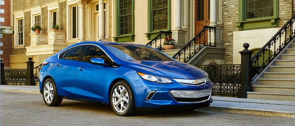 2017 Chevrolet Volt main view in blue