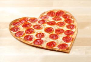 4c2124bfd07afeca_heart-shaped-pizza-2016-1.xxxlarge_2x