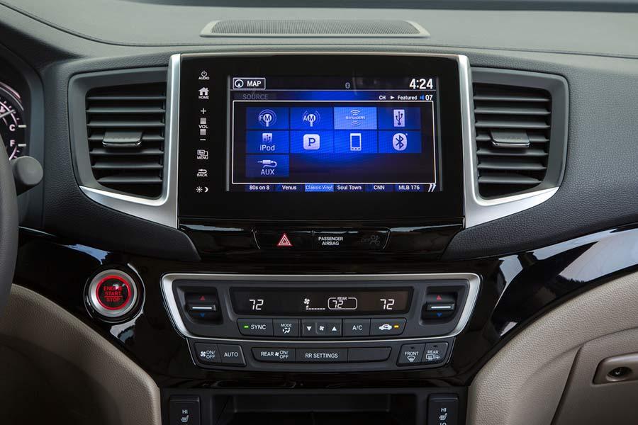 2017 Honda Ridgeline Technology