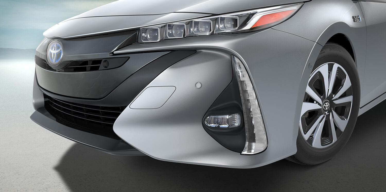 2017 Toyota Prius Prime Front