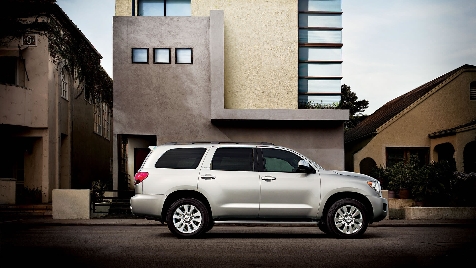 The 8 Seater 2017 Toyota Sequoia Provides V8 Power As Standard Fuel Filter Location