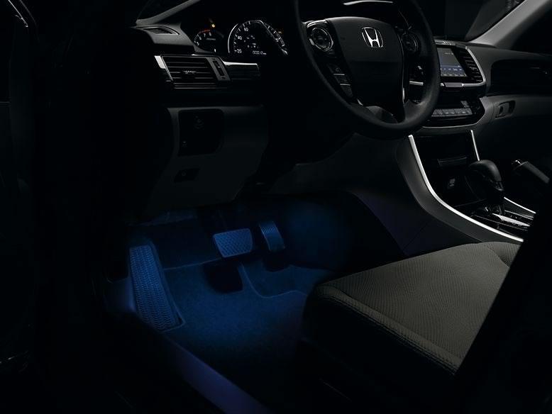 2016-civic-coupe-int-interior-illumination